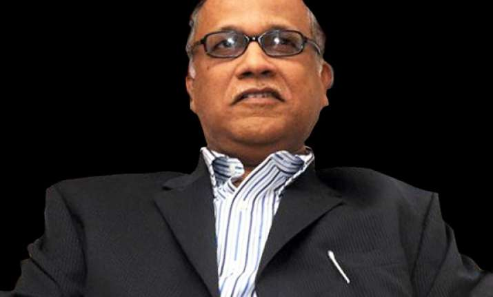 digambar kamat will be arrested in illegal mining case