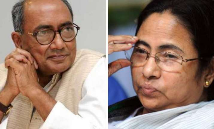 digvijay asks mamata to back pranab