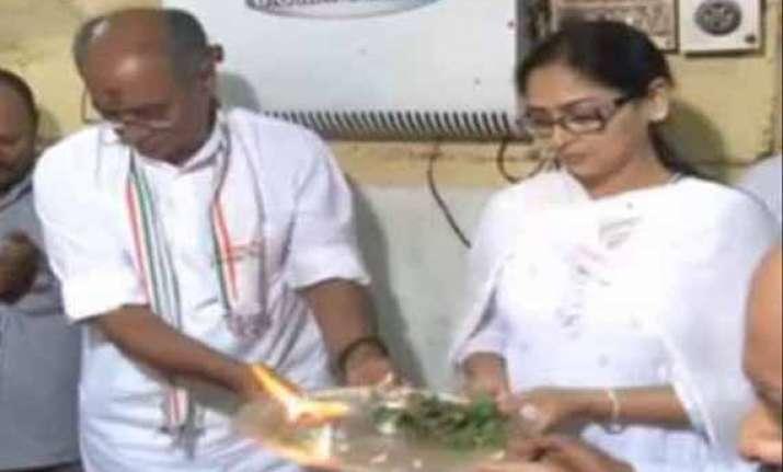 digvijaya singh amrita rai jokes flood social media
