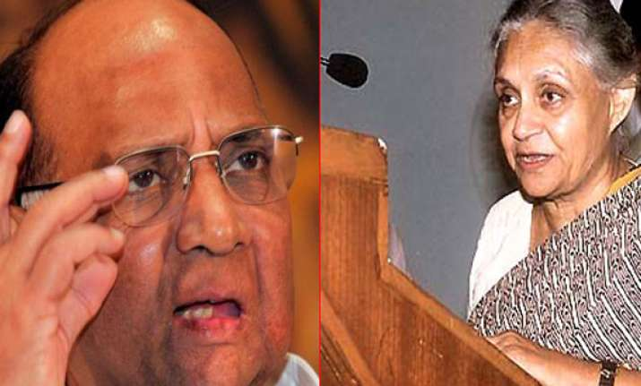 dikshit meets pawar over onion prices