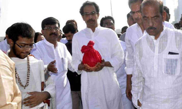 don t create controversy over thackeray memorial uddhav