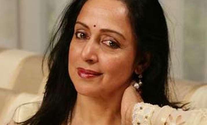 ec warns hema jayant for violating poll code