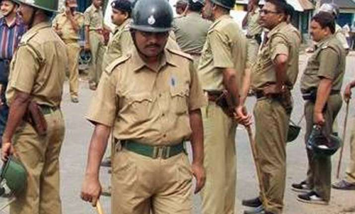 eight injured in post panchayat poll violence in west bengal