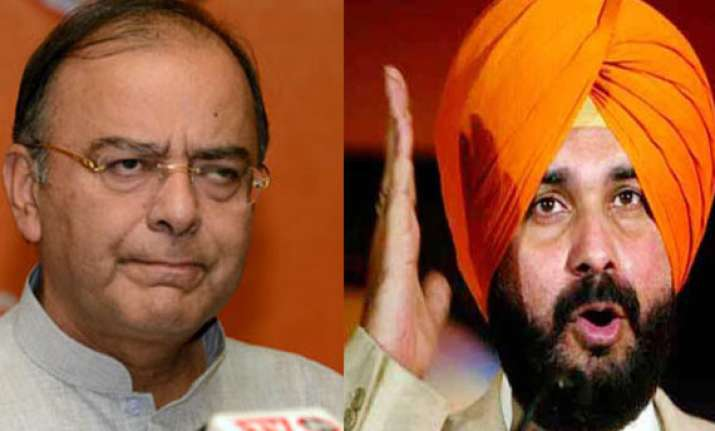 field arun jaitley in place of sidhu from amritsar demand