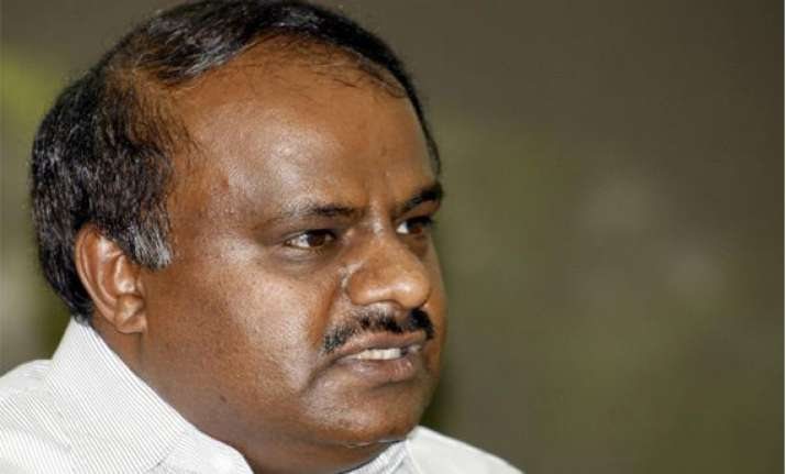 five former karnataka cms in fray for ls polls