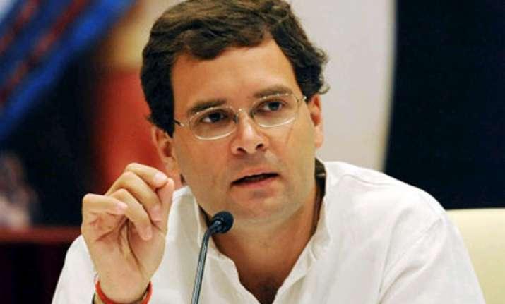 don t go beyond party line rahul gandhi tells congress