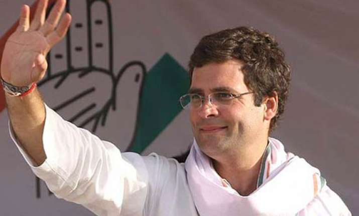 former youth cong leader levels charges against rahul