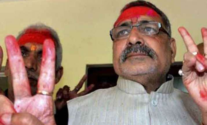 giriraj sparks a fresh row