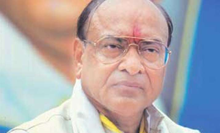 guj govt misleading people with false claims says vaghela