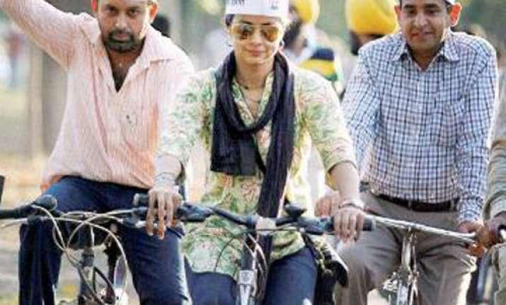 gul panag walks jogs rides mobike to woo chandigarh