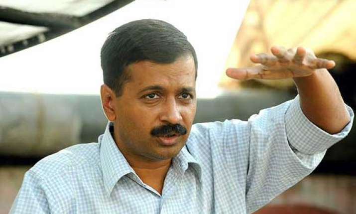 i am not trying to topple myself kejriwal