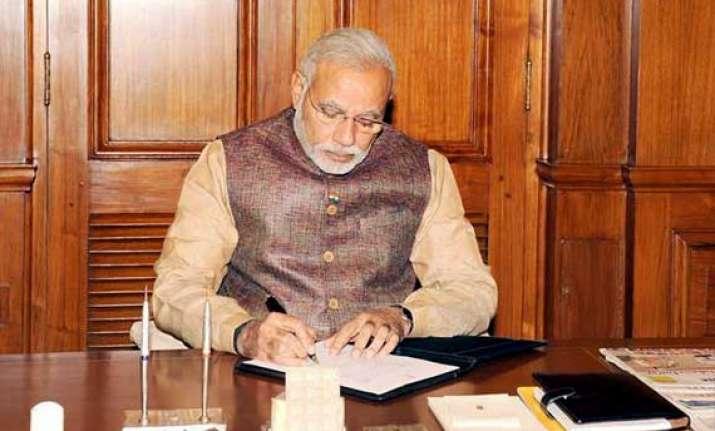 i had no luxury of honeymoon period says narendra modi on