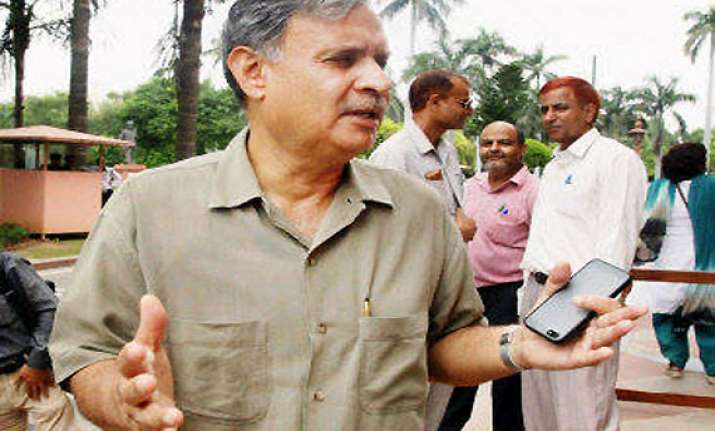 i m yet to quit congress says dissident mp rao inderjit