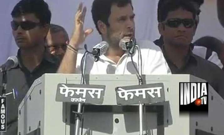 isi trying to entrap muzaffarnagar riot victims rahul gandhi