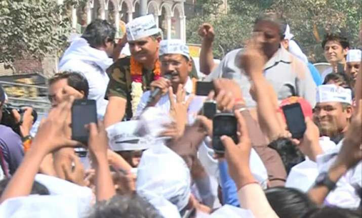 in pics kejriwal slapped by 19 year old youth