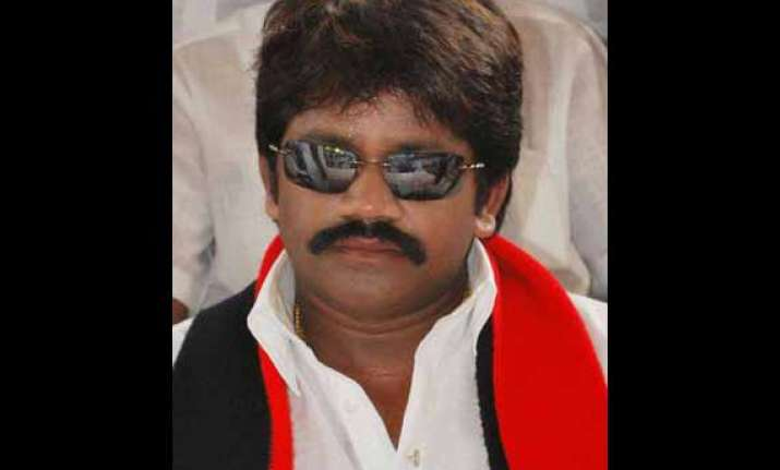 incumbent dmk mp joins aiadmk