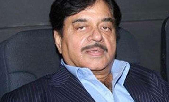 disgruntled bjp leader shatrughan sinha warns party against