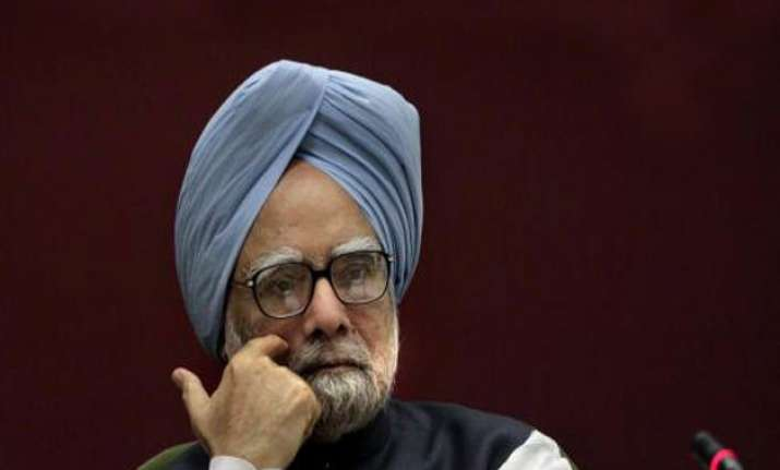 upset manmohan singh says truth will prevail in coal scam