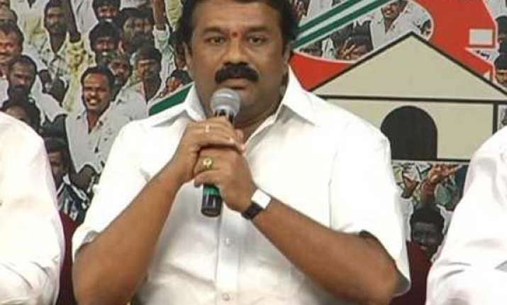 tdp s srinivas yadav quits as legislator set to join trs