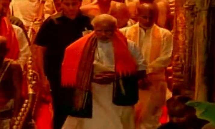 pm modi offers prayers at lord venkateswara temple