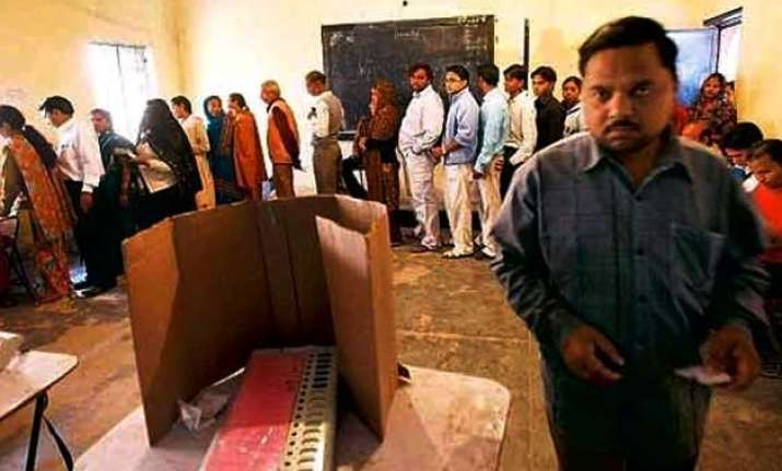 over 1.2 lakh duplications found in delhi electoral rolls ec
