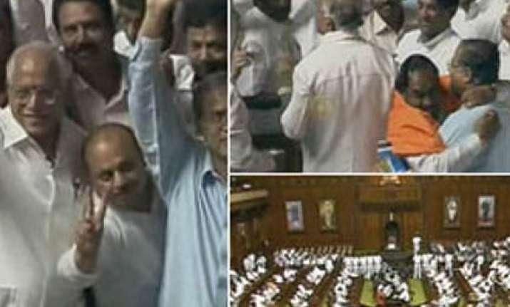 yeddyurappa govt wins second trust vote