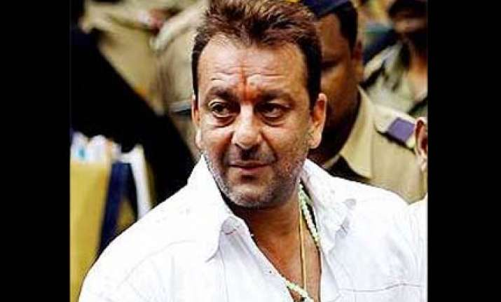 up court issues fresh summons to sanjay dutt
