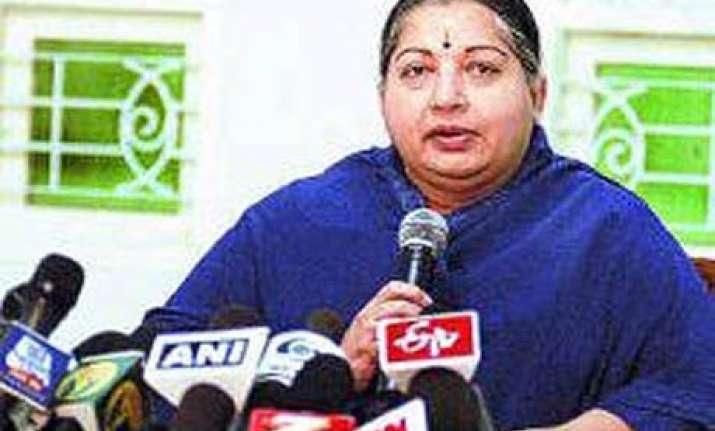 jaya asks govt to take steps to control prices