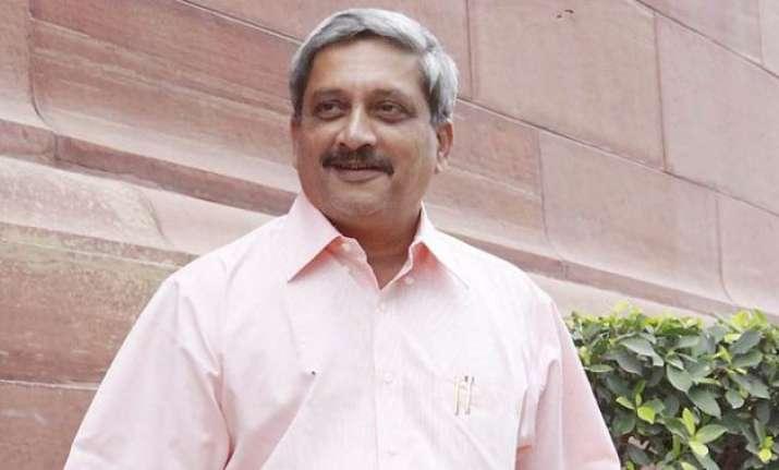 manohar parrikar should focus on national security congress