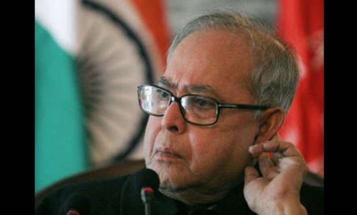 pranab replaced by bhunia as west bengal congress chief