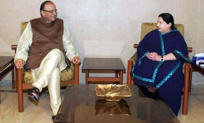 jaitley drops in on jayalalithaa