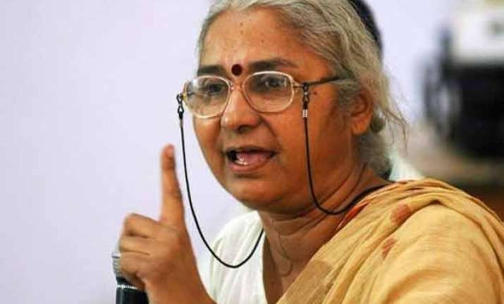 medha patkar quits aap in protest against expulsion of