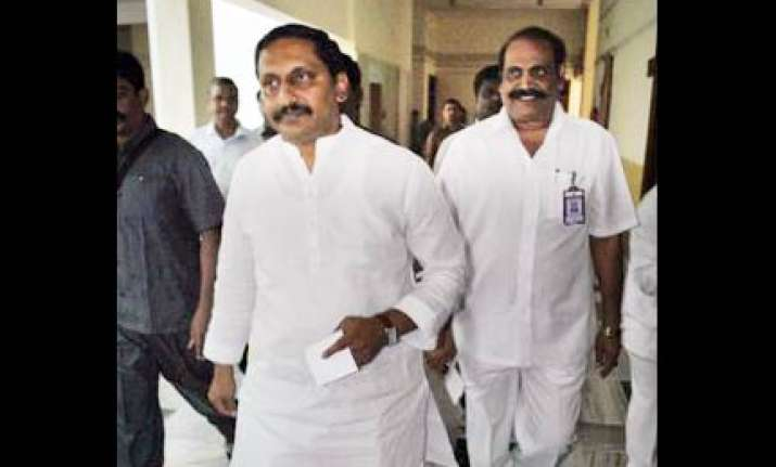 kiran kumar reddy takes oath as ap cm
