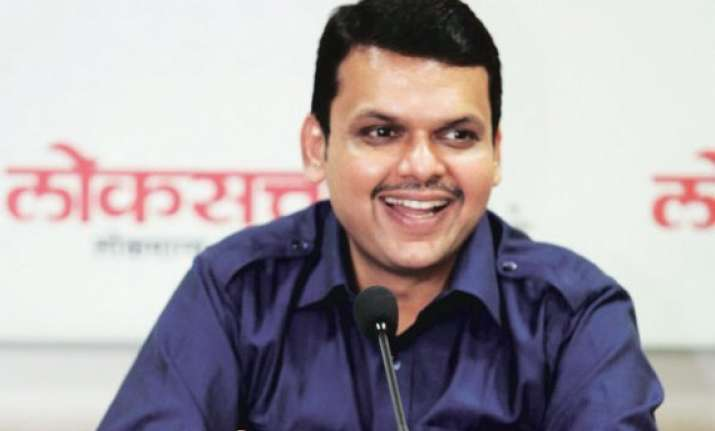 bjp plans a grand swearing in of devendra fadnavis cabinet