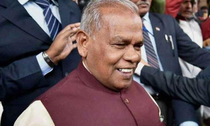 nda hits out at nitish congress says manjhi quit at bjp