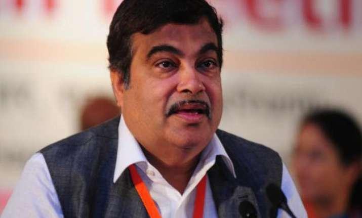 nitin gadkari says political conspiracy against govt over