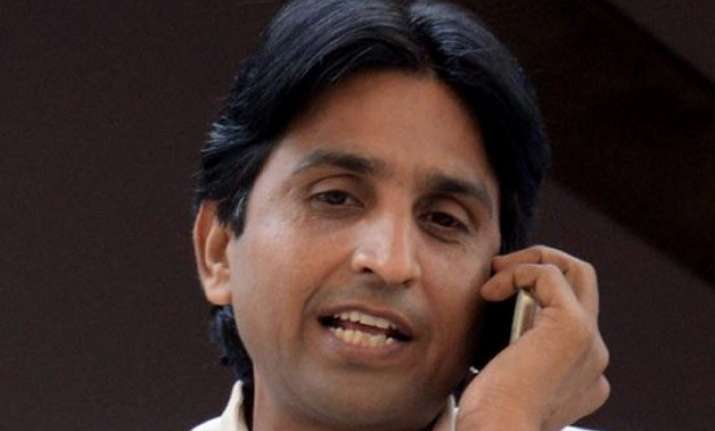 complaint against aap leader kumar vishwas closed dcw tells