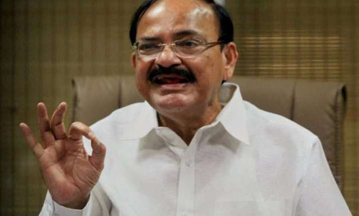 bjp appears undecided on taking shot at power in delhi