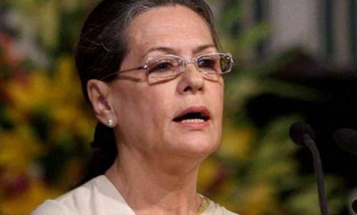 congress adamant on resignations of sushma raje chouhan