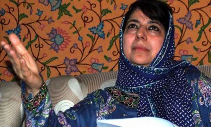 mehbooba mufti urges centre to rebuild health sector in