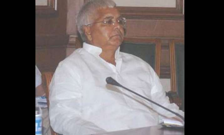 will topple upa if caste not included in census lalu