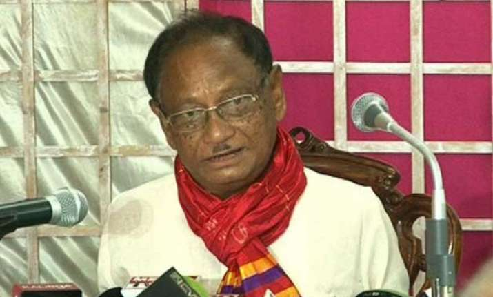 former odisha chief minister giridhar gamang quits congress