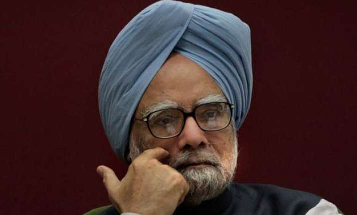 coalgate manmohan singh hurt as old aide in pmo evades him