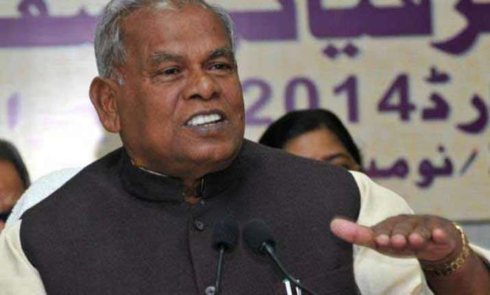 70 yr old jitan ram manjhi logs into social media as new