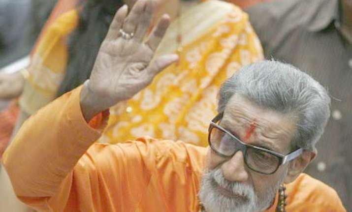 it s dhanase not manase says bal thackeray