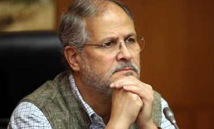 lg najeeb jung silent on government formation in delhi