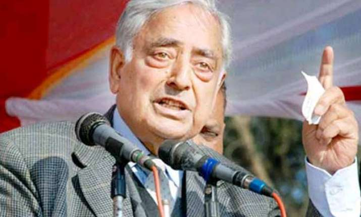india pak should exercise restraints at the borders mufti