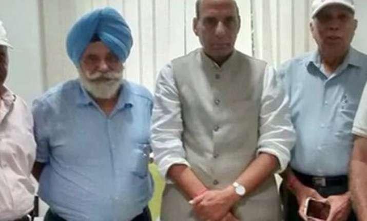 ex servicemen meet rajnath singh seek early implementation
