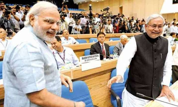 nitish kumar to meet pm modi to discuss financial issues of