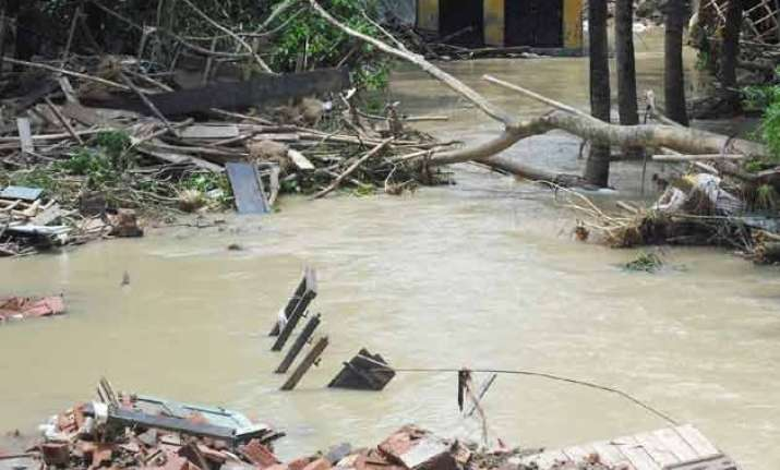 water released from dam worsening flooding mamata banerjee